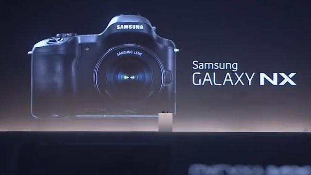 Samsung Galaxy NX Android Akıllı Kamera Tanıtıldı