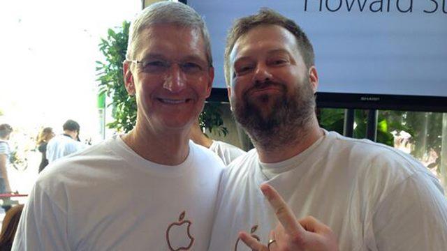 Apple'dan LGBT Onur Yürüyüşü'ne Destek